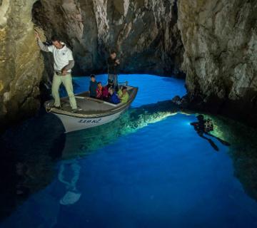 3 Caves Trip 3 360x320 7bea75dd22aa5cb15b1de66f017b4001